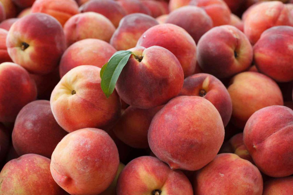 Summer Fruits for Weight Loss Peach
